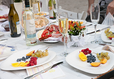 White Dinner BG - КАКВО ДА СИ НОСИШ ЗА КОНСУМАЦИЯ