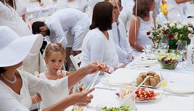 НАСЛАДА с Вечеря в бяло